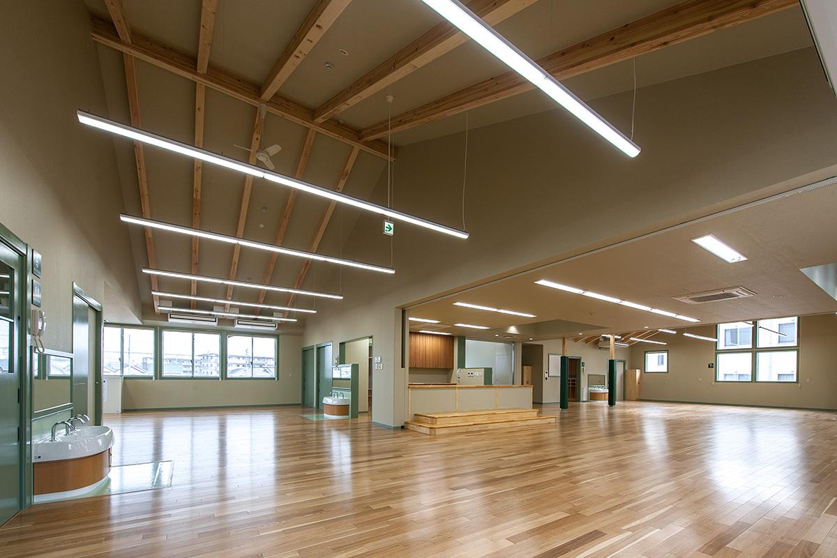 認定こども園を木造で計画するポイントは「保育室は1階」と「可変性の高い空間」 -