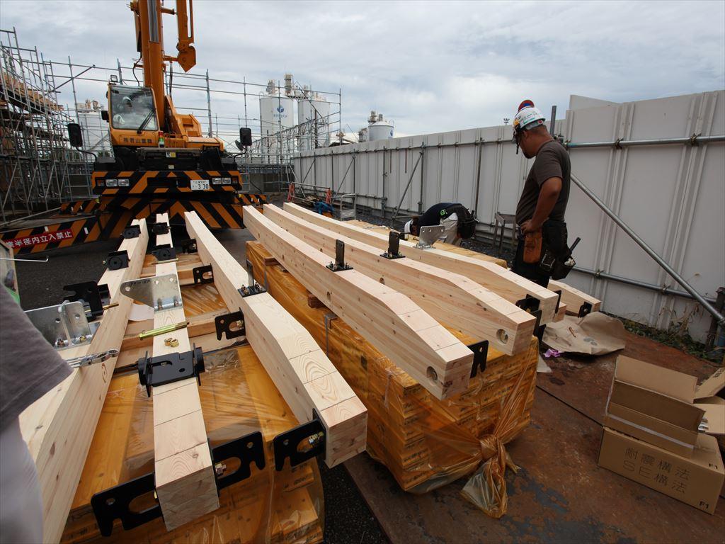 SE構法の施工体制は「全て元請け」と「建て方施工」が選択できる -