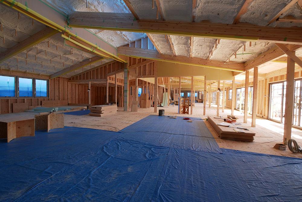 中大規模木造の大断面材はコストと納期、搬入に注意