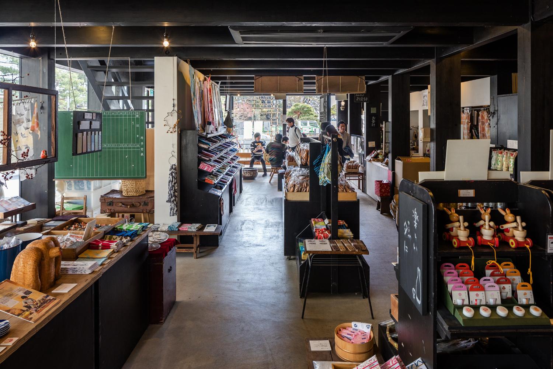 SE構法の店舗の事例紹介「松華堂菓子店」 -