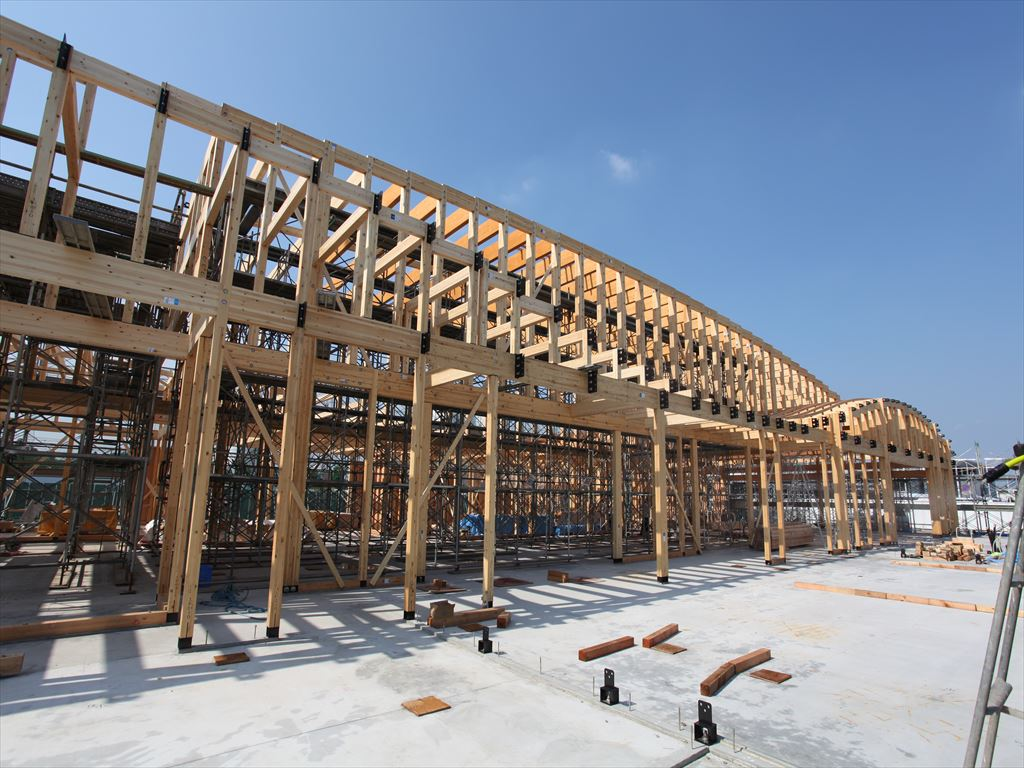 SE構法の構造設計のポイント3:強靭な構造躯体で実現できる大規模木造