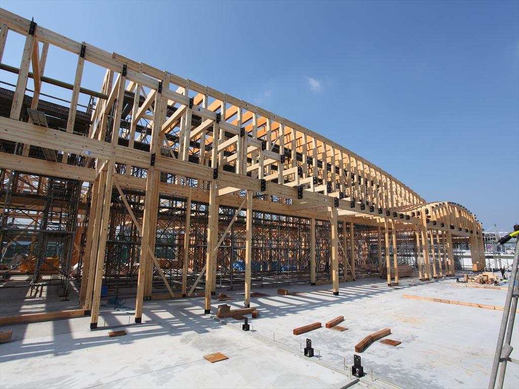 大規模木造に必須な構造用集成材とは?